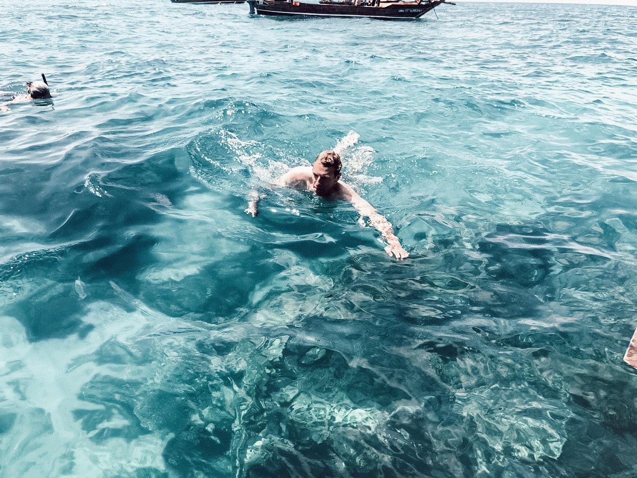{Travel} Zanzibar - Part 2: Mnemba Atoll & Safari Blue 25