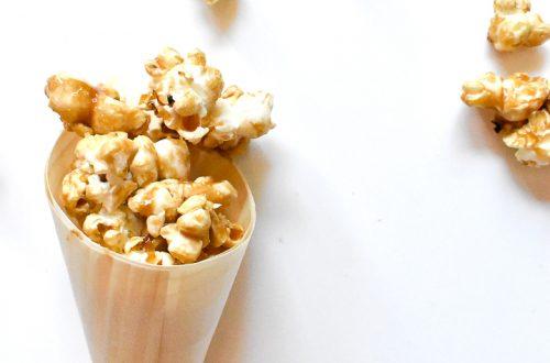 {Gluten Free} Caramel & Salt Popcorn 10
