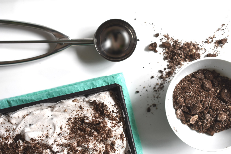 Creamy Ice-Cream with Crushed Oreo