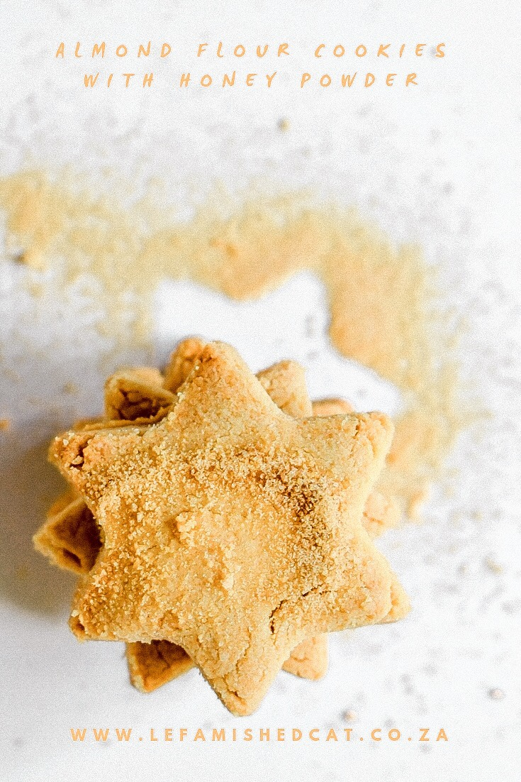 Almond Flour Cookies with Honey Powder