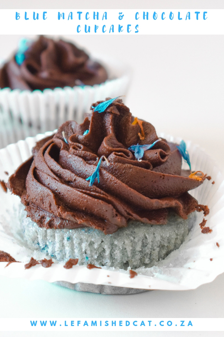 Blue Matcha and Chocolate Cupcakes 3