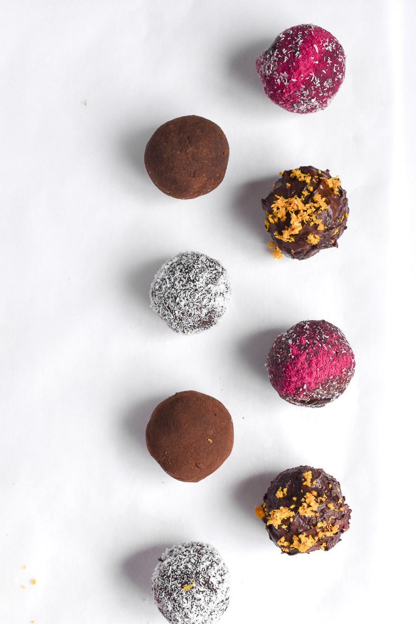 Make your own healthy bliss balls