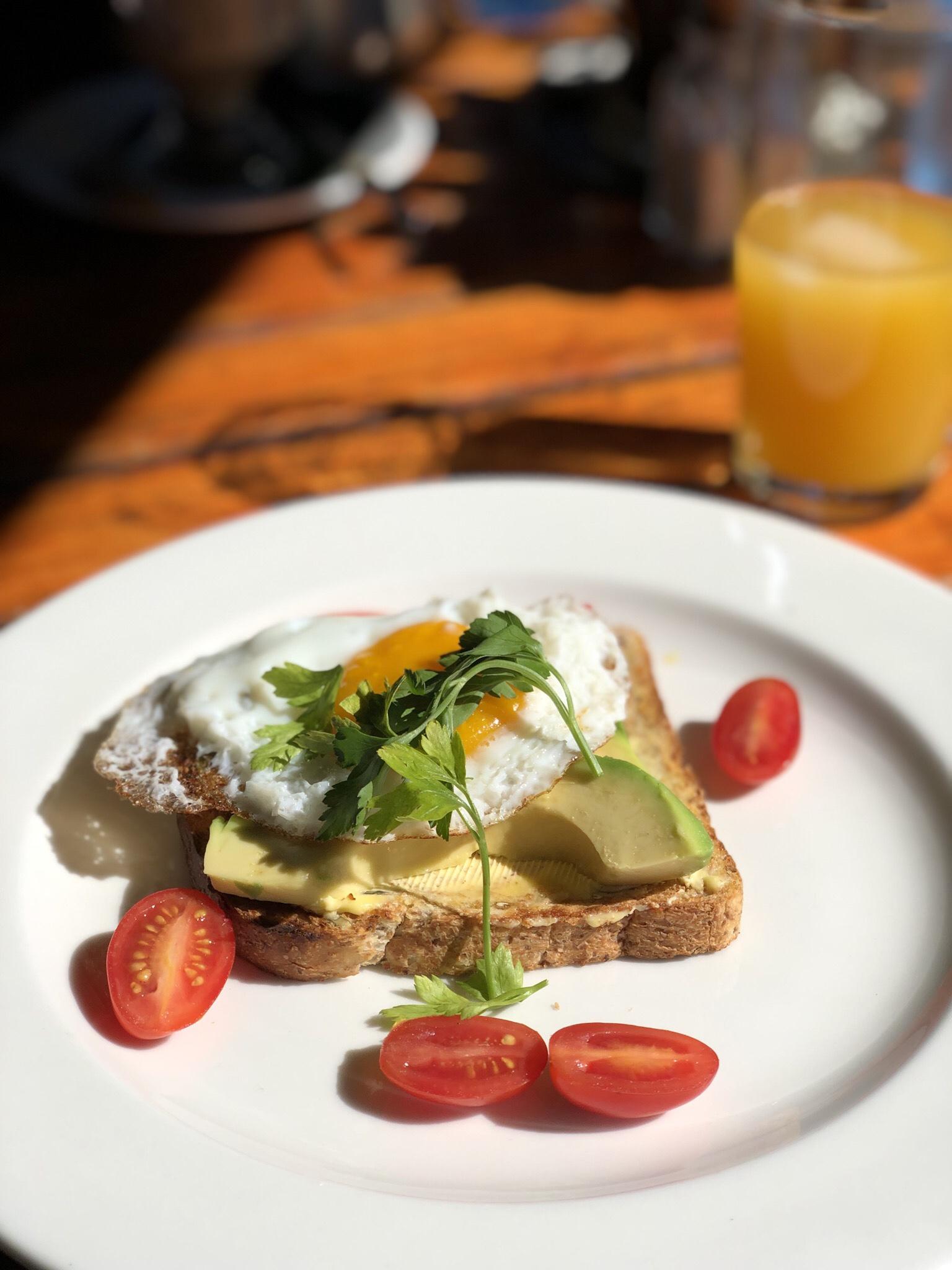 breakfast in clarens