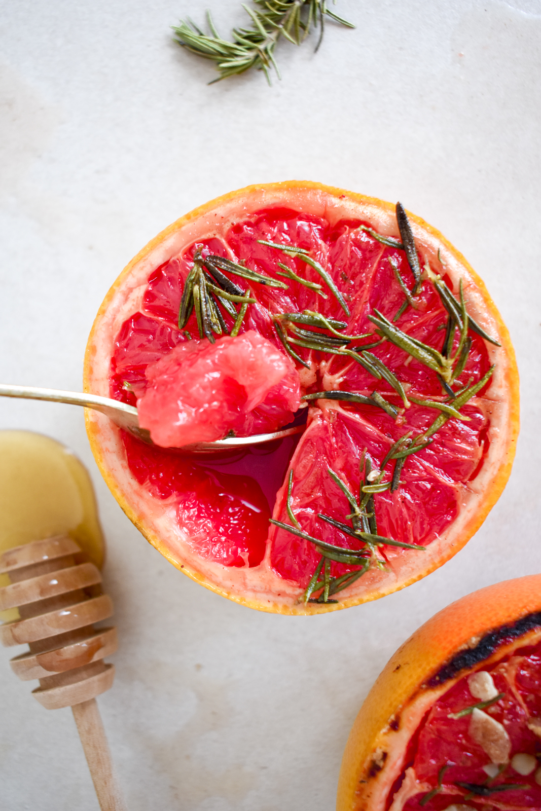 Grilled Honey & Rosemary Grapefruits